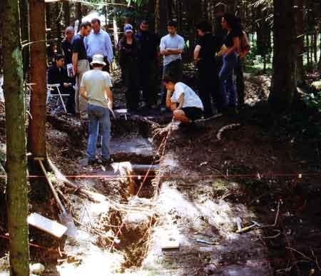 Ausgrabungen im Bereich des Waldlagers
